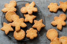 Zandkoekjes bakken – recept - Rutger Bakt Biscotti Cookies, Cake Cookies, Dutch Recipes, Baking Recipes, Just Desserts, Dessert Recipes, American Cookie, Pastry School, Cookie Crumbs