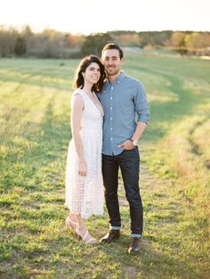 Photography: Gabe Aceves Photography - http://gabeaceves.com Read More on SMP: http://www.stylemepretty.com/2017/05/30/sunny-virginia-anniversary-shoot/