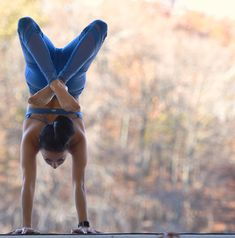@gabriella.dondero in the #AloYoga High Waist Epic Legging #yoga #inspiration