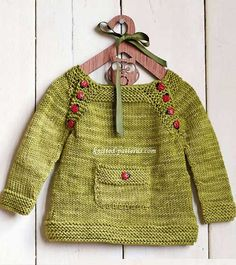 Baby Knitting Patterns Sweter This (free) little pullover pattern is so so cute! Baby Knitting Patterns, Knitting For Kids, Free Knitting, Knitting Charts, Knitting Ideas, Diy Tricot Crochet, Knit Or Crochet, Crochet Tops, Free Crochet