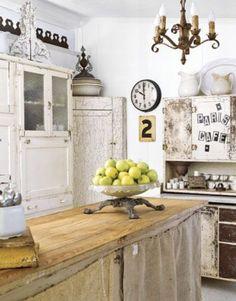 Sehr rustikale Küche