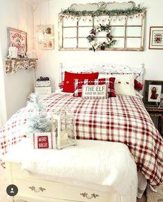 @slcook - Instagram Cozy Christmas, Rustic Christmas, Christmas Decor, Christmas Bedding, Up House, Christmas Inspiration, Home Decor Bedroom, Decoration, Making Ideas