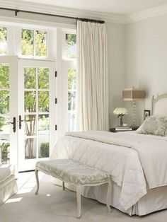 60 Stunning Classy Master Bedroom Design and Decor Ideas Cheap Office Decor, Cheap Bedroom Decor, Home Decor Bedroom, Cheap Home Decor, Living Room Decor, Bedroom Beach, Classic Home Decor, French Home Decor, Western Style