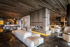 Pam Golding Properties House Tour: A Slice of Paradise in Zimbali Coastal Resort - SA Decor & Design Layout, Architecture, Decoration, House Tours, Coastal, Interior Design, Bedroom, Open Spaces, Furniture