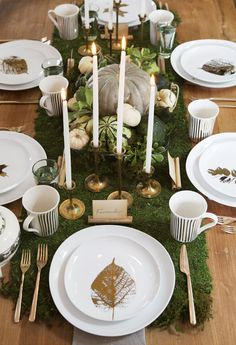 Natural, gold and green Thanksgiving table