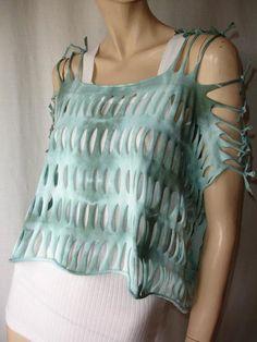 womens shredded tshirt  cropped tank top. por JohnnyVegasOriginals, $35.00