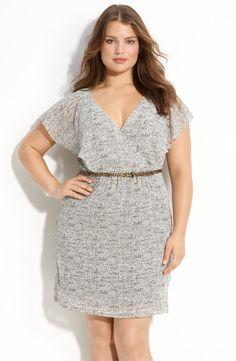 9914f5108e4 Julie Dillon - Flutter Sleeve V-Neck Chiffon Dress Summer Outfits