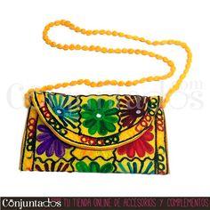 Bolso bandolera pequeño tipo hindú (amarillo) ★ 9'95 € ★ Compra en https://www.conjuntados.com/es/bolsos/bolsos-bandolera/bolso-bandolera-peque-o-tipo-hindu-amarillo.html ★ #bolso #bolsobandolera #bag #crossbodybag #conjuntados #conjuntada #lowcost #accesorios #complementos #moda #fashion #fashionadicct #fashionblogger #blogger #picoftheday #outfit #estilo #style #streetstyle #casualstreet #GustosParaTodas #ParaTodosLosGustos