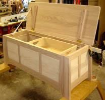 FW Blanket Chest Making my toy chest now that my kids are older into this.
