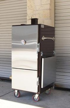 Insulated BBQ Smokers | Lone Star Grillz - I want this!  Mounted on a trailed.