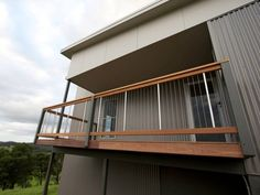 vertical wire deck fence balustrade for high decks image001.jpg