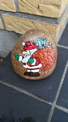 Julemand malet med acryl maling og posca tusser