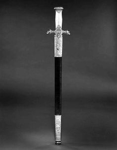 Art of Swords. Hunting Sword of Prince Camillo Borghese Swordsmith: François… Swords And Daggers, Knives And Swords, Medieval, Castle Pictures, Prince, Sword And Sorcery, Celtic Designs, Character Design Inspiration, Paris