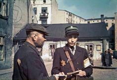Postman Yechiel Isac Levkovitz distributing mail in the Lodz (Litzmannstadt) ghetto, Lodz, Poland, 1941 (photo)