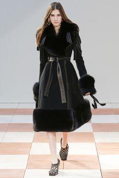 2015-16秋冬プレタポルテコレクション - セリーヌ(CÉLINE)ランウェイ|コレクション(ファッションショー)|VOGUE