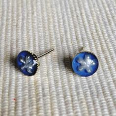 Resin Little Snowflake Earrings (Purple Blue) One Size