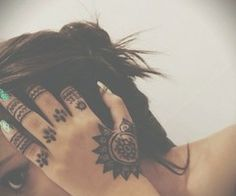 So I am thinking ring finger with a design that ends in a heart.-Sandra Hand henna for the bridesmaids