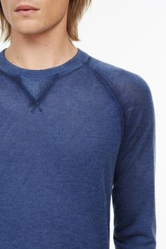 OFFICIAL ONLINE SHOP. Merino Cashmere Sweater 2e041372855f0
