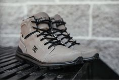 """EMPIRE Snowboard X Skate SHOP on Instagram  """"Voici le tout nouveau modèle  Torstein de  dcshoes maintenant disponible en magasins et au  ThinkEmpire.com . df799a252"""