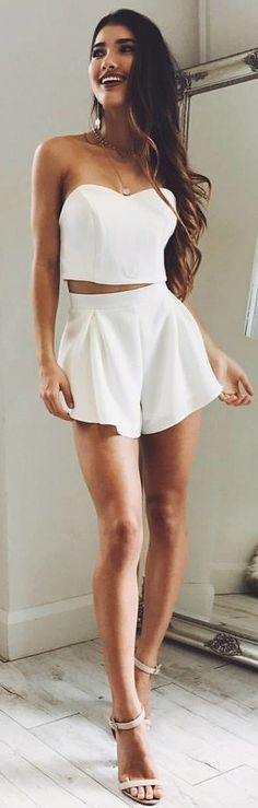 #winter #outfits white sweetheart neckline crop top and white shorts