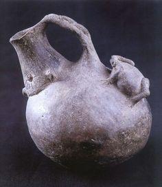 Solitary Dog Sculptor I: Ceramic - Ceramica: Argentina Precolombina - Pre-Columbian - La Candelaria
