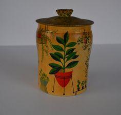 Vintage Tin Candy Tin by JudysJunktion on Etsy, $15.00