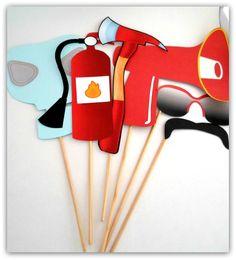 Props, Photoboots, Plaquinhas divertidas para fotografar. Bombeiro. Máscara, óculos, extintor, bigode, megafone, machado.