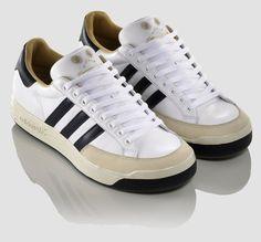 the latest 0de2e 171d6 Adidas Nastase Super Leather Picture Description, Girls Sneakers, Converse  Chuck Taylor, Nike Air