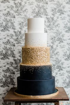 Amy Beck Cake Design, Hochzeitstorten - - wedding cakes cakes elegant cakes rustic cakes simple cakes unique cakes with flowers fall wedding Navy Blue And Gold Wedding, Black Wedding Cakes, Elegant Wedding Cakes, Beautiful Wedding Cakes, Wedding Cake Designs, Beautiful Cakes, Cake Wedding, Black And Gold Cake, Rustic Wedding