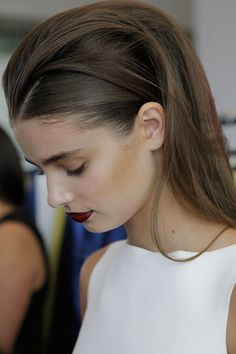 volumous hair, sprayed back in place. For a similar look, try using our Volumising Mousse (http://vanclarke.com/shop/styling/15-mousse.html) and Holding Spray (http://vanclarke.com/shop/styling/16-hairspray.html)!