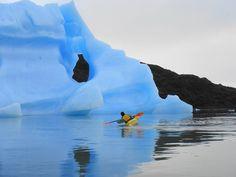 KAYAK , glaciar Grey , torres del paine,  patagonia , Chile