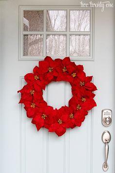 Easy Poinsettia Wreath! Such a pretty idea for a Christmas wreath for the holidays!
