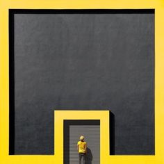 #Istanbul photographer Yener Torun (@cimkedi) knows his pictures don't reflect…