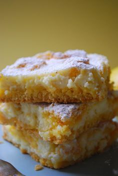 lemon cheesecake bars using yellow cake mix! @Hayley Parker (The Domestic Rebel)