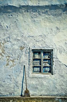 This is my Greece | A window in Oia, on Santorini island