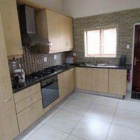880 m², 3 Bedroom House for rent in Blue Valley Golf Estate, Centurion