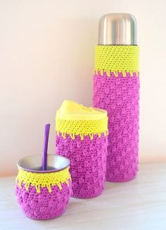 A crochet coffee cozy Crochet Coffee Cozy, Crochet Cozy, Crochet Gifts, Diy Crochet, Crochet Towel Holders, Diy Case, Crochet Accessories, Diy And Crafts, Crochet Patterns