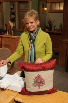 Autumn & Christmas Pillow Wraps By Nancy Zieman - Free Baby Lock Projects