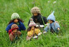 dollhouse family - waldorf inspired dolls - by Farbenmärchen
