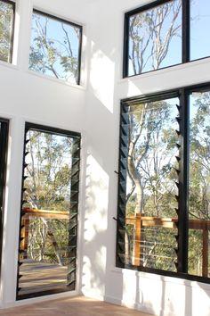 louvre windows - retreat area back of loft? Tropical Windows, Tropical Houses, House Arch Design, Window Design, Interior Windows, Interior Exterior, Louvre Windows, Window Types, Melbourne