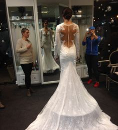 #AlexMorgan looking divine trying on #BERTA dresses <3