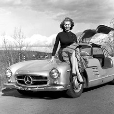 Sophia Loren Mercedes-Benz SL