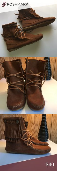 Minnetonka Low Fringe Boots Adorable, never worn, only tried on Minnetonka low boots. These are beautiful & so comfortable. No stains, marks or defects. Minnetonka Shoes Moccasins