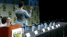 Jensen fangirling at Jared 2012 Comic Con gif