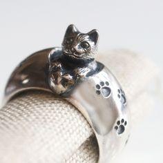 猫からの贈りものリング