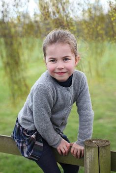 Royal Treasures Kate Middleton shares THREE gorgeous new Princess Charlotte photos to mark her fourth birthday Kate Middleton Daughter, Kate Middleton Prince William, Prince William And Kate, Prince Harry And Meghan, Happy 4th Birthday, Girl Birthday, Lady Diana, Duke And Duchess, Duchess Of Cambridge