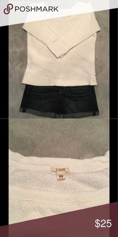J. Crew Sweatshirt 3/4 Sleeve White, crew neck style, sweatshirt type material, 3/4 length sleeves, lightweight 100% cotton, Size XS, gently used in very good condition. J. Crew Tops Sweatshirts & Hoodies