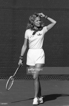 Actress Farrah Fawcett attends the taping of 'Celebrity Battle of the Sexes Tennis Tournament' on April 3, 1977 at Marguerite Park in Mission Viejo, California.