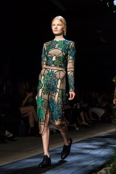 Erdem creates the sartorial version of a visit to the conservatory. #refinery29 http://www.refinery29.com/2014/10/75461/best-dresses-fashion-week-2014#slide-21