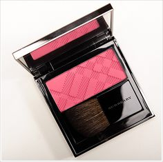 Burberry Coral Pink Light Glow Natural Blush Review, Photos, Swatches